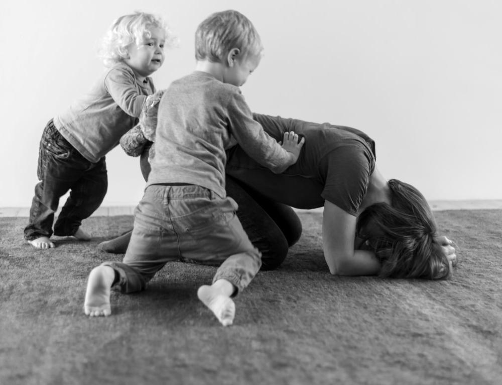 RODZIC – DZIECKO – świadomość ciała w budowaniu zdrowej więzi.